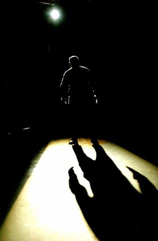 Estamos hechos de luces y sombras