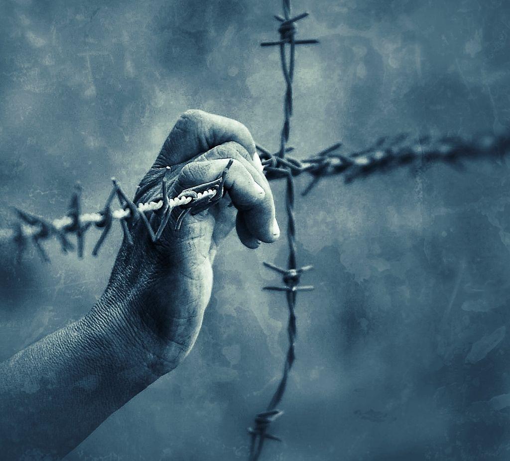 Quien no está preso de la necesidad, está preso del miedo