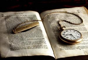 reloj-bolsillo-libro